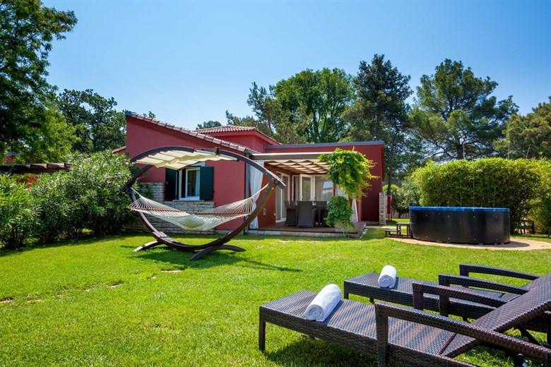 Hotels & Apartments in Istria - Porec & Umag Accommodation - Plava